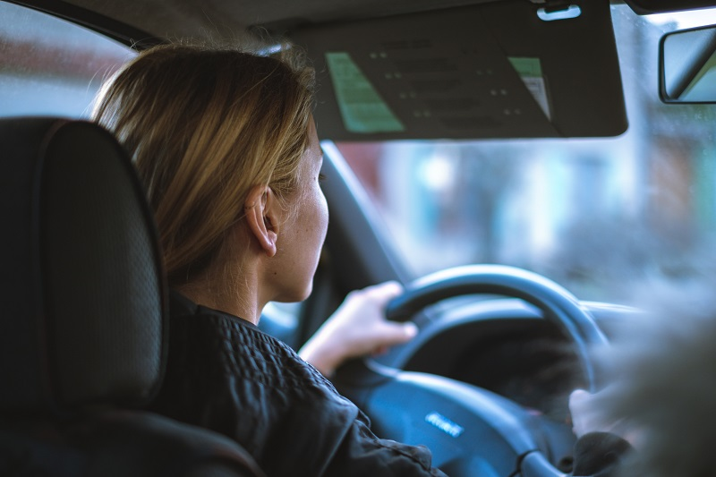 Where to Practice Driving in Laguna Niguel Woman Driving