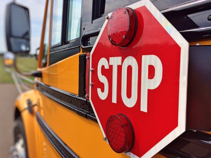 Use the best back to school driving tips as reminders and put them to good use every single time you head out to school.