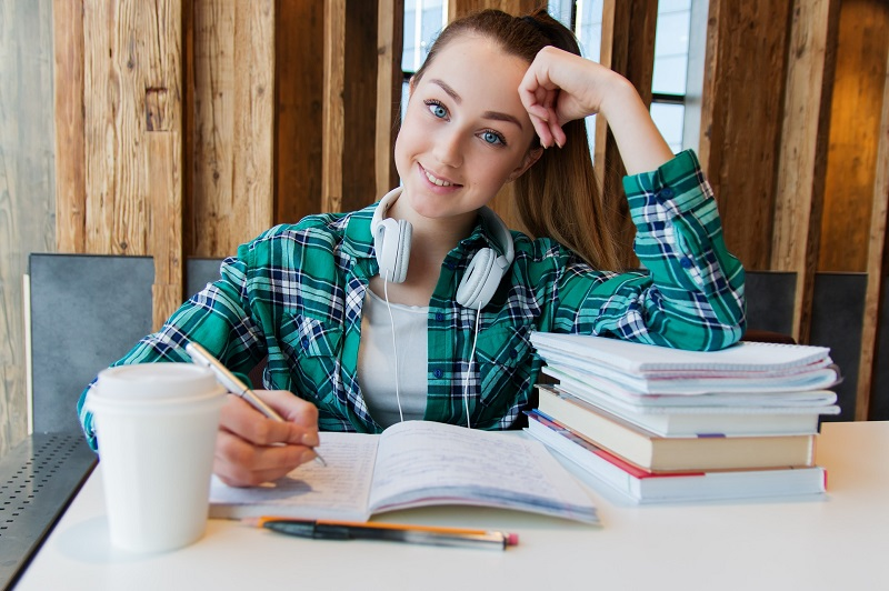 Organization tips for teens will help them study better in school, with a social life, and get ready for the successful life that lies ahead of them.