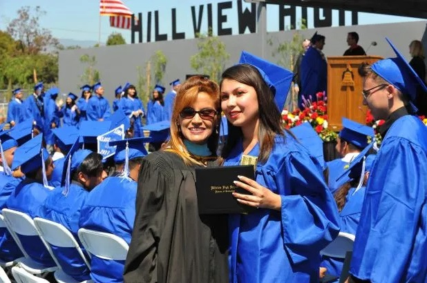 Great Schools provides parents with Hillview High School reviews that will help them understand if this school is right for their teen.
