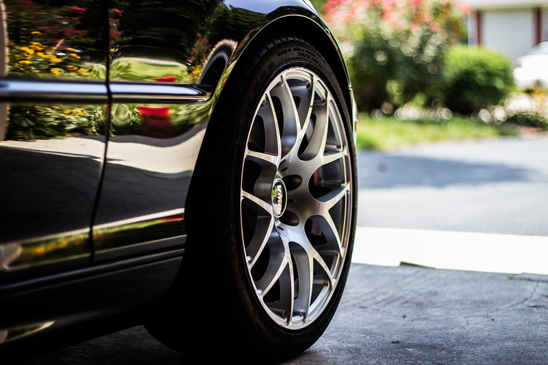 When to Get the Best Deals on Tires